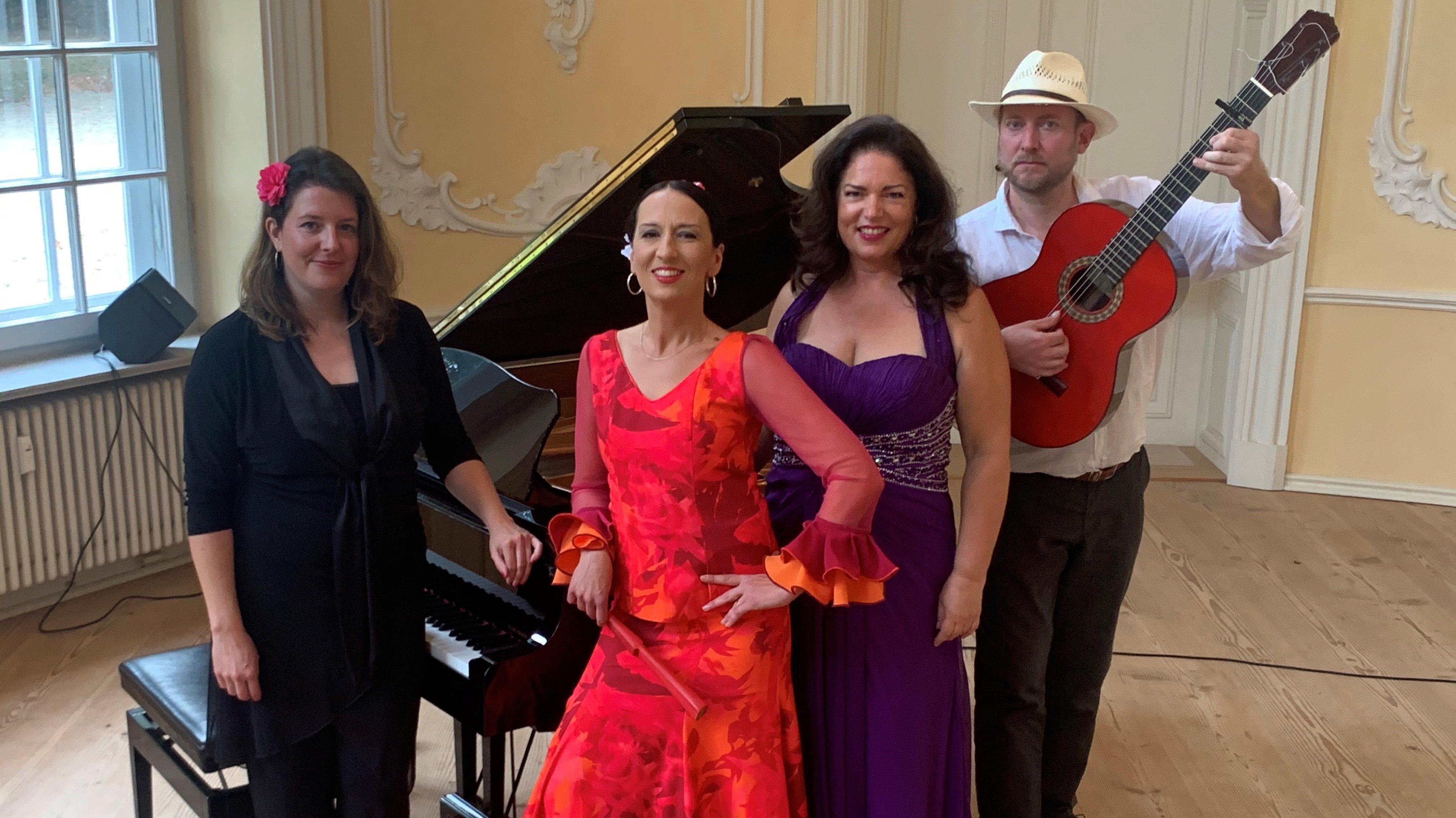 Flamenco, Tango y Canciones
